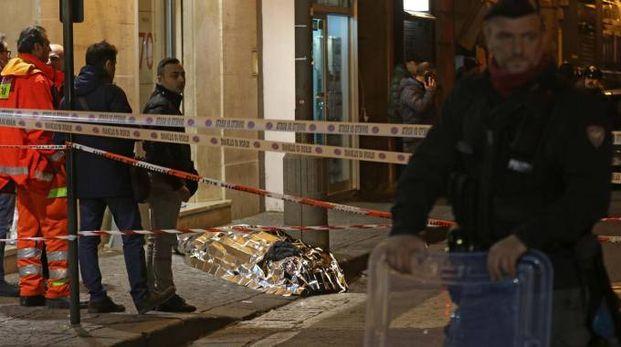 Tentata rapina a Frattamaggiore: gioielliere uccide bandito (Ansa)