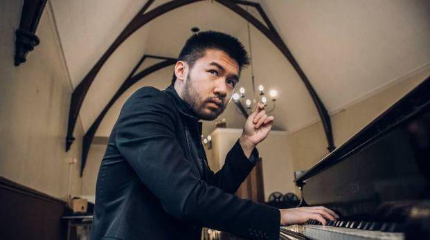 Il pianista Conrad Tao