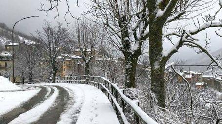 Nevicata nell'entroterra di Pesaro e Urbino