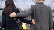 Harry e Meghan Markle, bagno di folla a Edimburgo (Ansa)