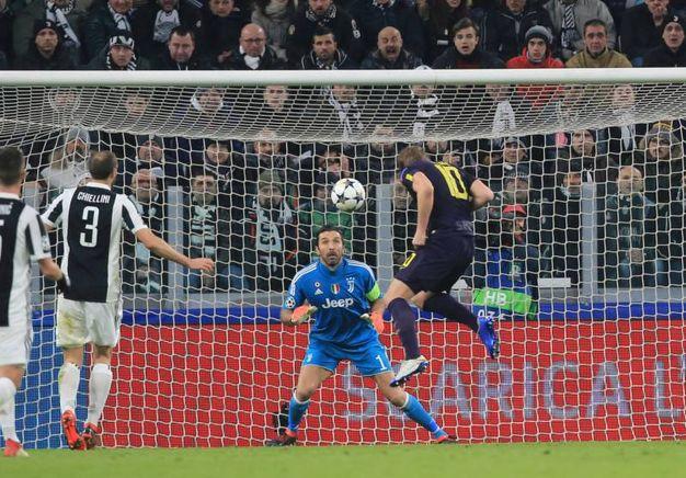 Buffon: 5,5