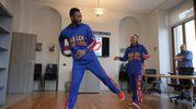 Harlem Globetrotters in visita nella redazione de Il Giorno