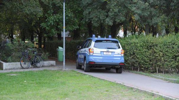 Gli agenti hanno controllato anche diversi stranieri al Parco 22 aprile