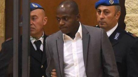 COLPEVOLE  I giudici del tribunale di Rimini hanno condannato Guerlin Butungu a 16 anni di reclusione per le rapine e il duplice stupro di agosto. Scontata la pena, sarà espulso