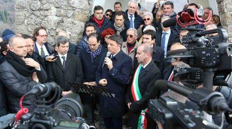 Il segretario del Pd Matteo Renzi a Sant'Anna di Stazzema