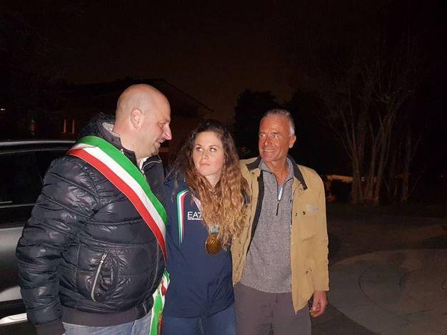 Olimpiadi invernali, Alzano in festa per la medaglia d'oro Michela Moioli