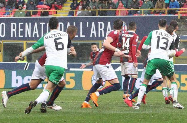 Bologna-Sassuolo 2-1, Pulgar (Ansa)