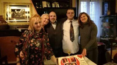 Da sinistra: Belinda, Monica, Mauro, Marco e Annalisa a Bazzano (Bo)