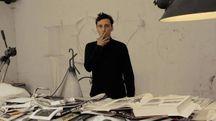 Stefano Ricci in scena tra disegno e voce