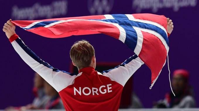 Il norvegese Lorentzen oro nello speed skating 500 m (Afp)