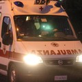 Un'ambulanza (foto Newpress)