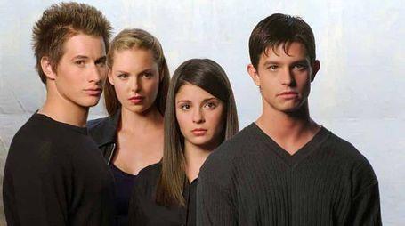 Il cast originale di 'Roswell' (Foto: 20th Century Fox)