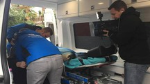 L'alunno è stato portato in ospedale con l'ambulanza (foto di repertorio)