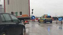 Statale Adriatica chiusa per il maltempo: traffico in tilt