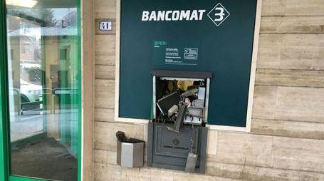 Il bancomat saltato a Spezzano di Modena