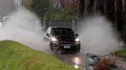 Maltempo a Cesenatico, tanta acqua anche sulle strade (foto Ravaglia)