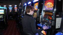Un giocatore di videolottery (foto d'archivio)