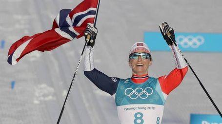 Marit Bjørgen vince l'oro nella 30 km di sci di fondo (Ansa)