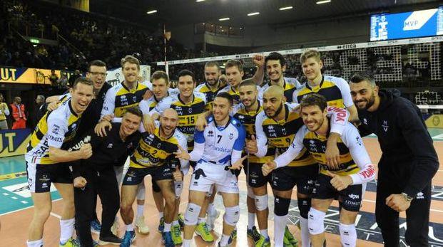 Azimut Modena ha battuto Perugia 3-2 (foto Fiocchi)