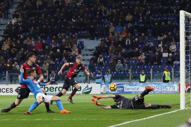 Cagliari-Napoli 0-2, Mertens (Ansa)