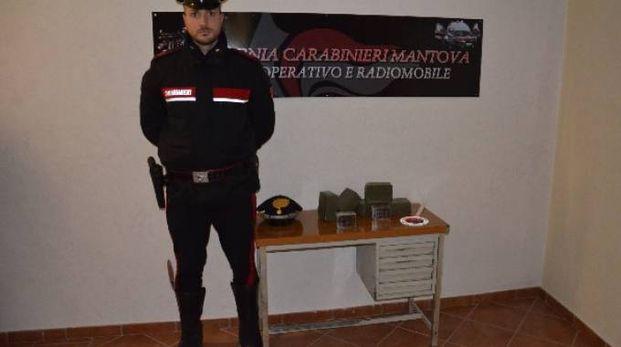 Lo stupefacente trovato dai carabinieri