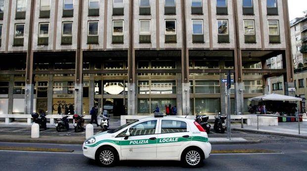 Un clochard è stato trovato senza vita in zona Stazione Centrale (La Presse)