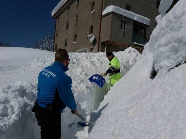 Neve in Valmarecchia e San Marino, blackout e strade bloccate ...