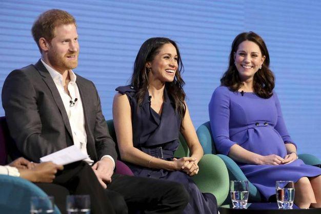 Matrimonio Harry E Megan : Harry e meghan non solo spice girls gli invitati vip