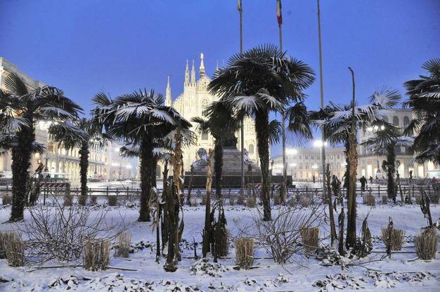 Neve a Milano, in zona piazza Duomo
