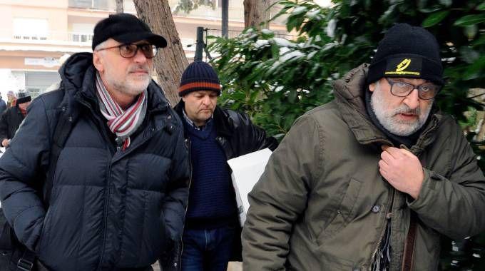 L'arrivo dei carabinieri in via Spalato (Calavita)