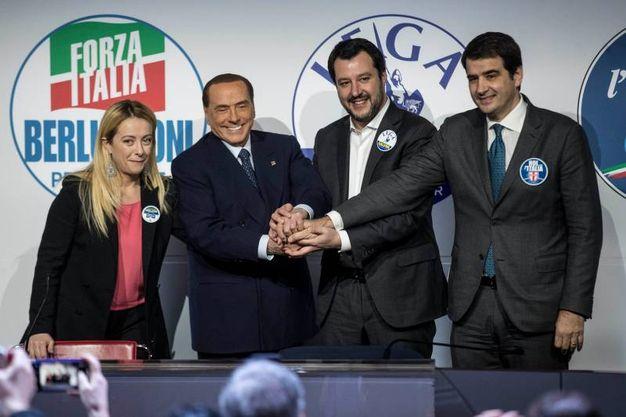 Giorgia Meloni, Silvio Berlusconi, Matteo Salvini, Raffaele Fitto: tutti per uno... (Lapresse)