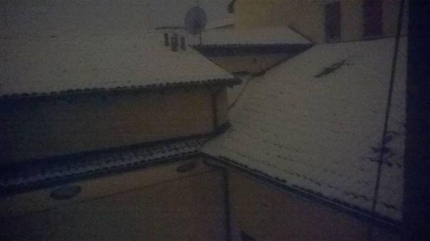 Neve  in via Riva di Reno (Foto Ciarla)