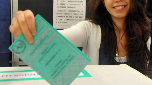 ELEZIONI Domenica mattina l'apertura dei seggi (foto d'archivio)
