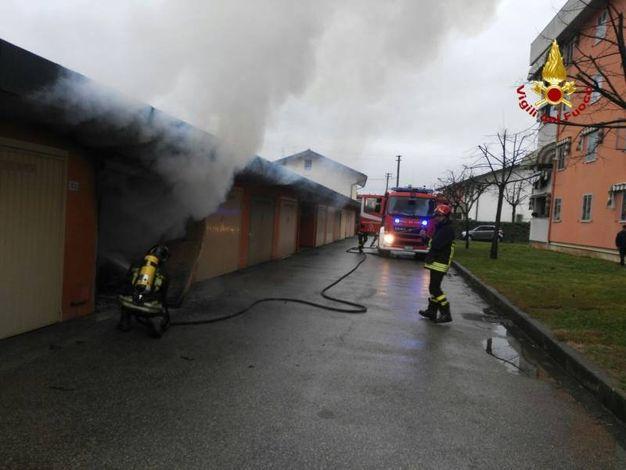 Incendio in garage a Monsummano Terme