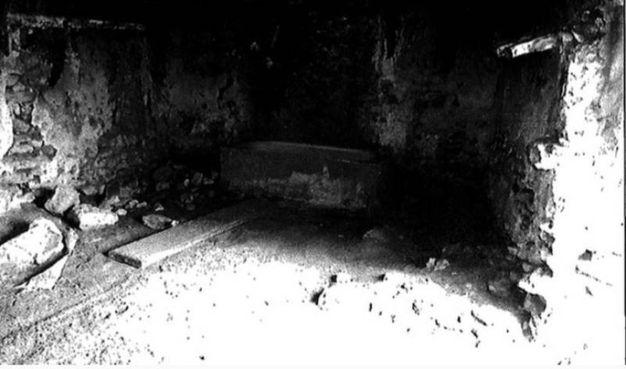 L'ultimo rifugio del killer della Bassa e di Aragona, la 'mas del Saso'