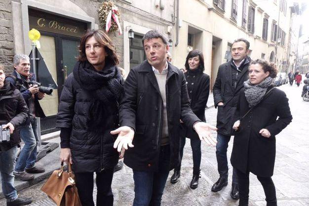 Firenze, il segretario del Pd, Matteo Renzi, vota al Liceo Machiavelli in via Santo Spirito (Gianluca Moggi /New PressPhoto)