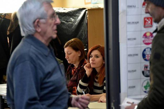Al seggio (Foto Fantini)