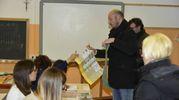 Il candidato presidente della Lombardia Dario Violi vota a Bergamo (foto Lapresse)
