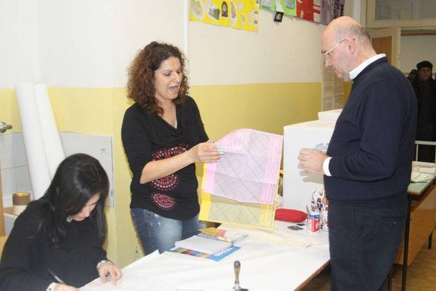 Silvestri al voto (foto Labolognese)