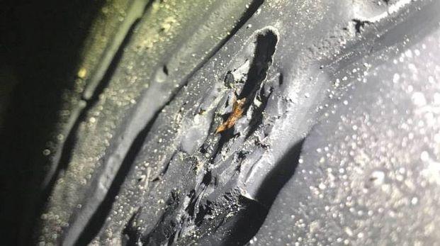 La gomma usurata(Foto Polizia di Stato)