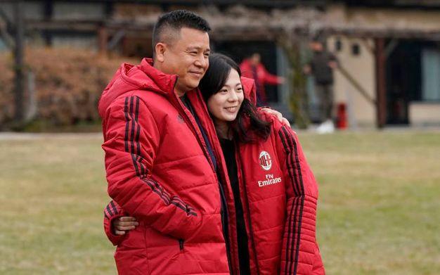 Li Yonghon con la figlia (Lapresse)