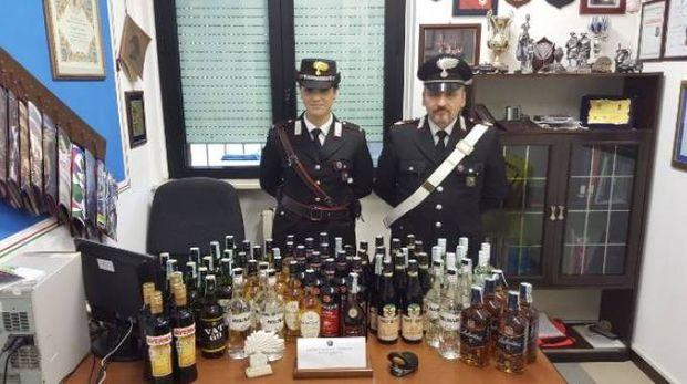 Gli alcolici rubati e sequestrati