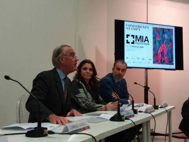 Lorenzo Castelli in primo piano durante la conferenza stampa
