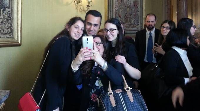 Luigi Di Maio, selfie al Quirinale (Dire)