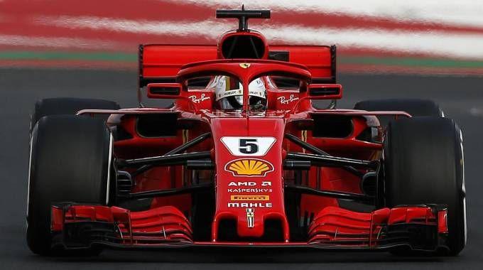 Sebastian Vettel sulla SF71H Ferrari ai test di Barcellona (Ansa)