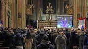 La veglia nella chiesa parrocchiale (De Pascale)