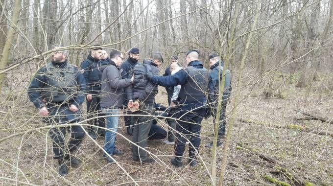I primi arresti effettuati questa mattina nella boscaglia delle Groane