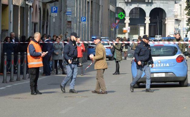Falso allarme bomba al centro commerciale Le Corti (Newpress)