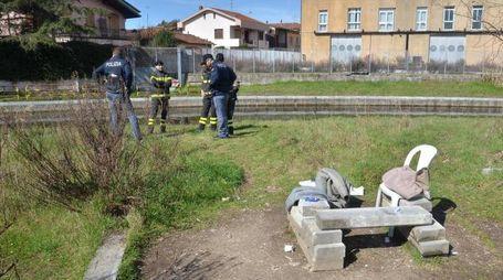 Il sopralluogo dove è stato rinvenuto il cadavere (foto Umicini)