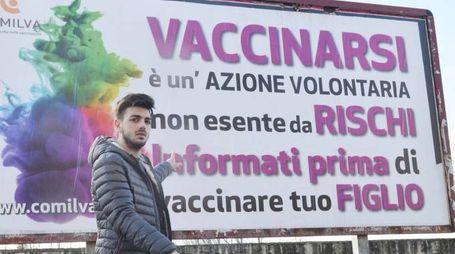 Manifesti No Vax
